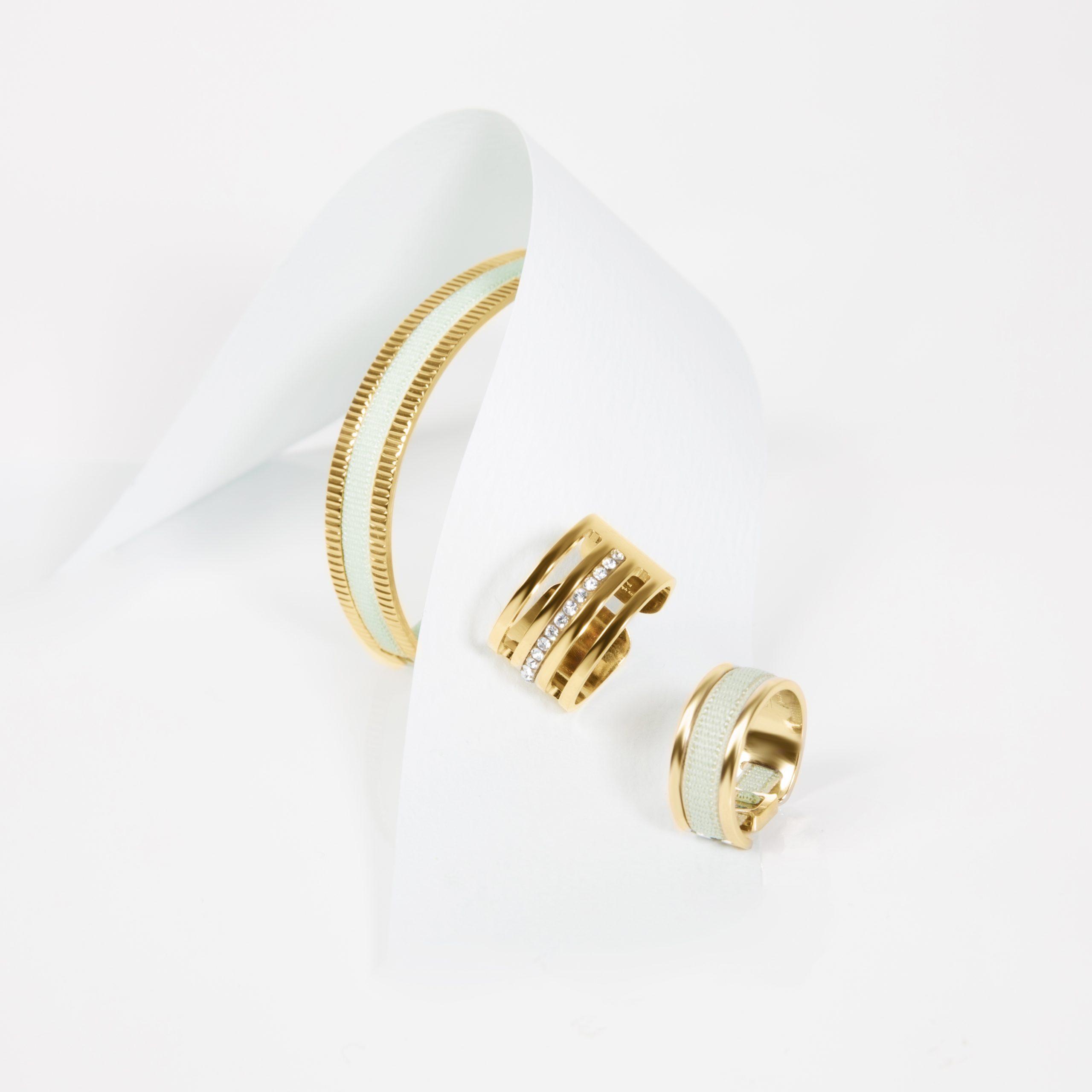 bijoux élégants et tendances pour femme